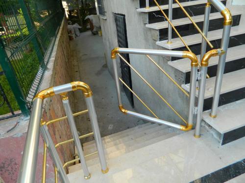 Alüminyum Merdiven Küpeşte Korkuluk Kovancılar (10)