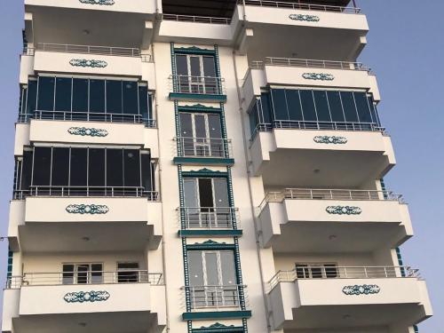Kovancılar Cam Balkon - Devrim Yapı (3)